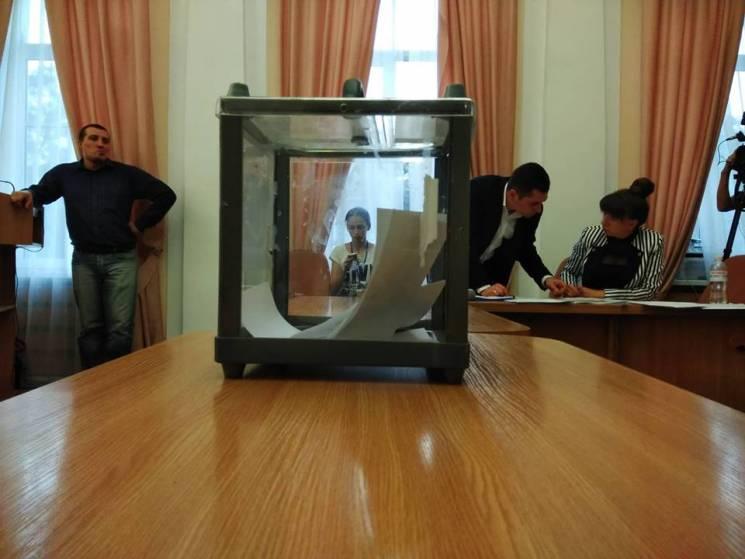 У Полтавській міськраді змінили склад депутатських комісій та їх голів