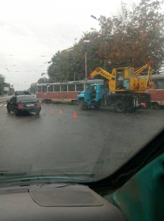 У Дніпрі паралізований рух електротранспорту на 12 квартал (ФОТО)