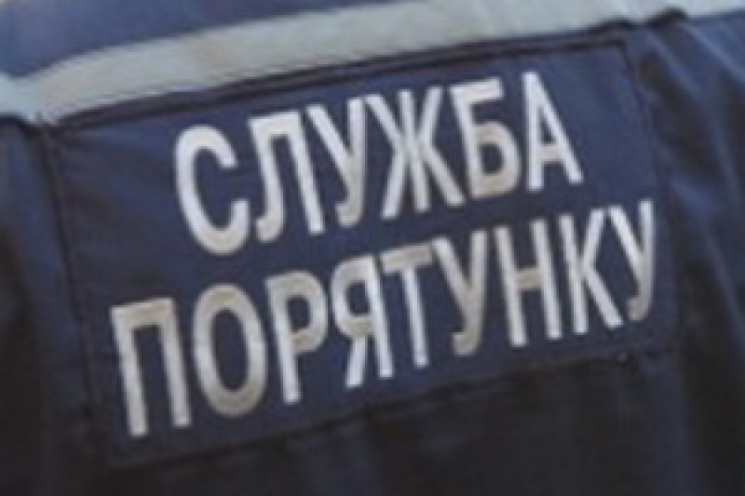 На Хмельниччині чоловік впав у 17-метровий колодязь