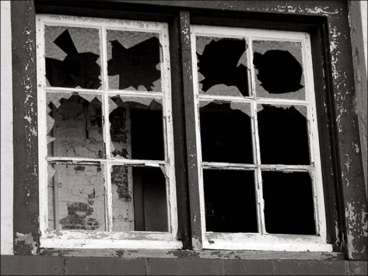 На Донеччині чоловік насмерть підірвався у власному домі
