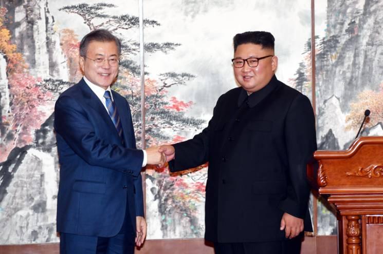 """Мир між Кореями: Як Трамп """"скрутив"""" Росію і Китай"""