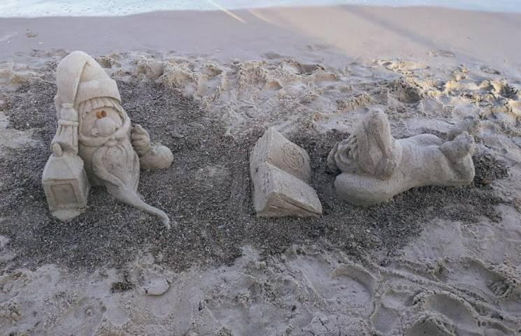 Одеські пляжі досі зберігають літній настрій (ФОТО)