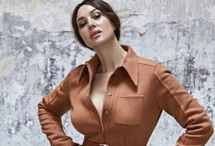 53-річна Моніка Беллуччі вийшла на подіум під час показу Dolce&Gabbana (ФОТО)