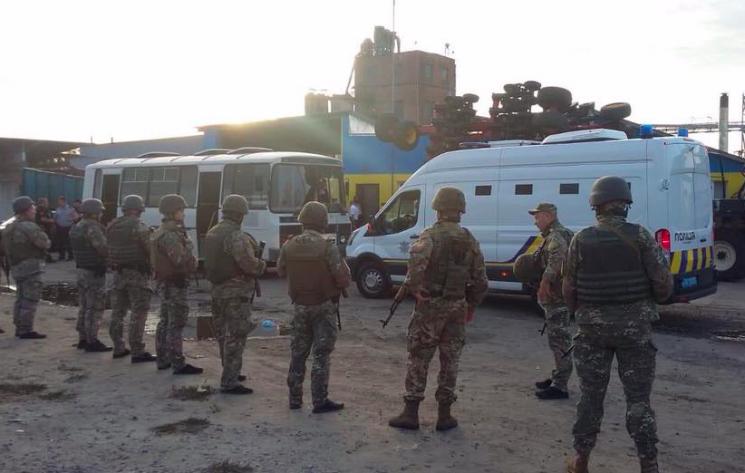 Стрілянина на елеваторі під Харковом: Суд відхиляє скарги підозрюваних у рейдерстві (ВІДЕО)