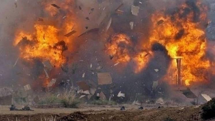 """У """"ДНР"""" окупанти влаштували """"виховний"""" підрив продовольчої крамниці: Є постраждалі цивільні"""