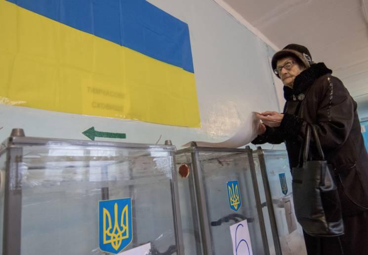 Пожирачі рейтингів: Хто буде технічними кандидатами Порошенка й Тимошенко