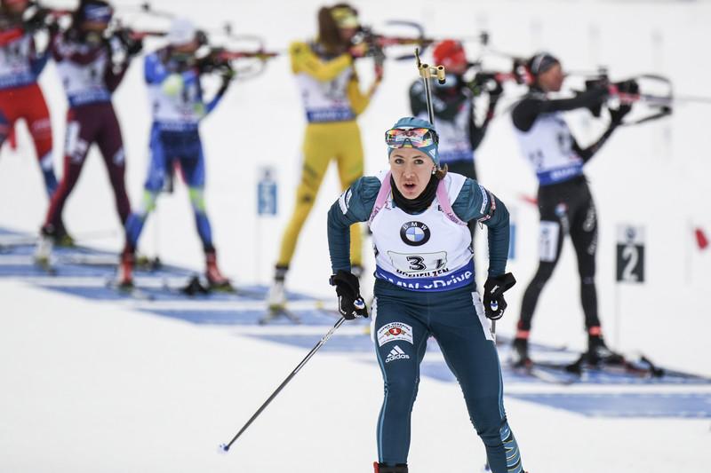 Українська біатлоністка виграла золото напершому етапі Кубка світу— відео