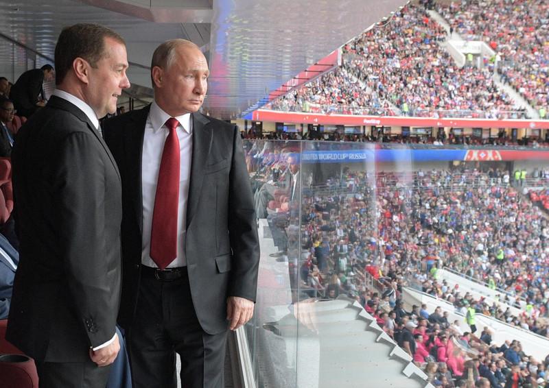 «Умирали наполе»: Песков поведал овпечатлениях В. Путина отигры сборной