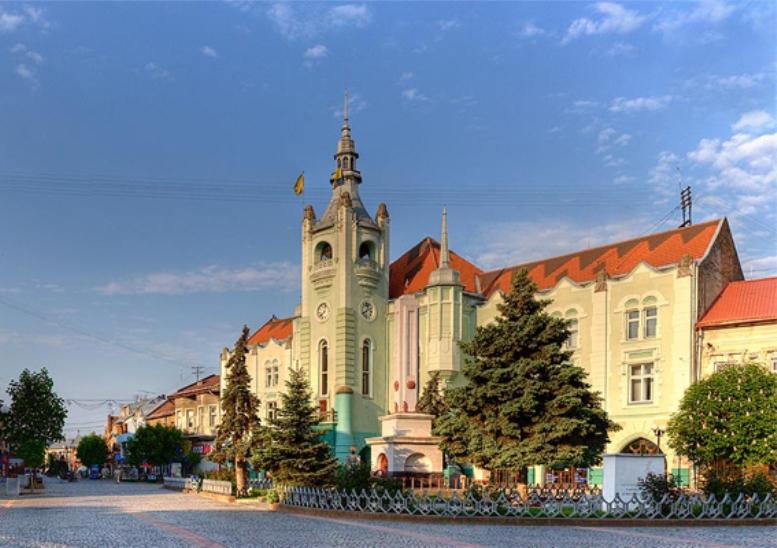 Картинки по запросу Мукачево - місто над Латорицею