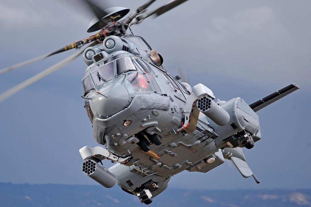 Порошенко пропонує направити частину закуповуваних французьких вертольотів на потреби ЗСУ - Цензор.НЕТ 1362