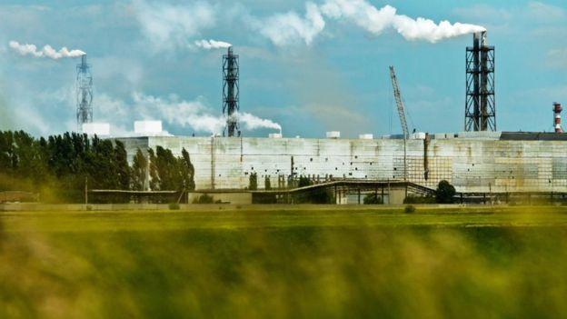 «Крымский Чернобыль»: всети интернет  опубликовали пугающие фото территории  вокруг завода «Титан»